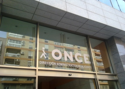 Instalación de Estores en Delagación ONCE Alicante