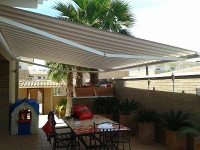 Toldo para terraza en Alicante